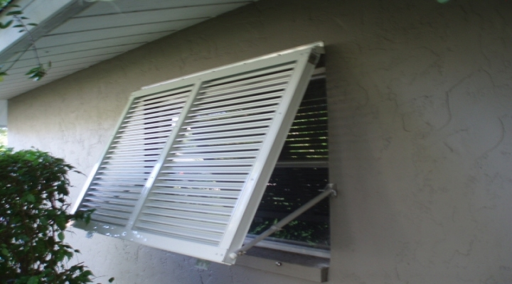 Diy Bahama Shutters Do It Your Self